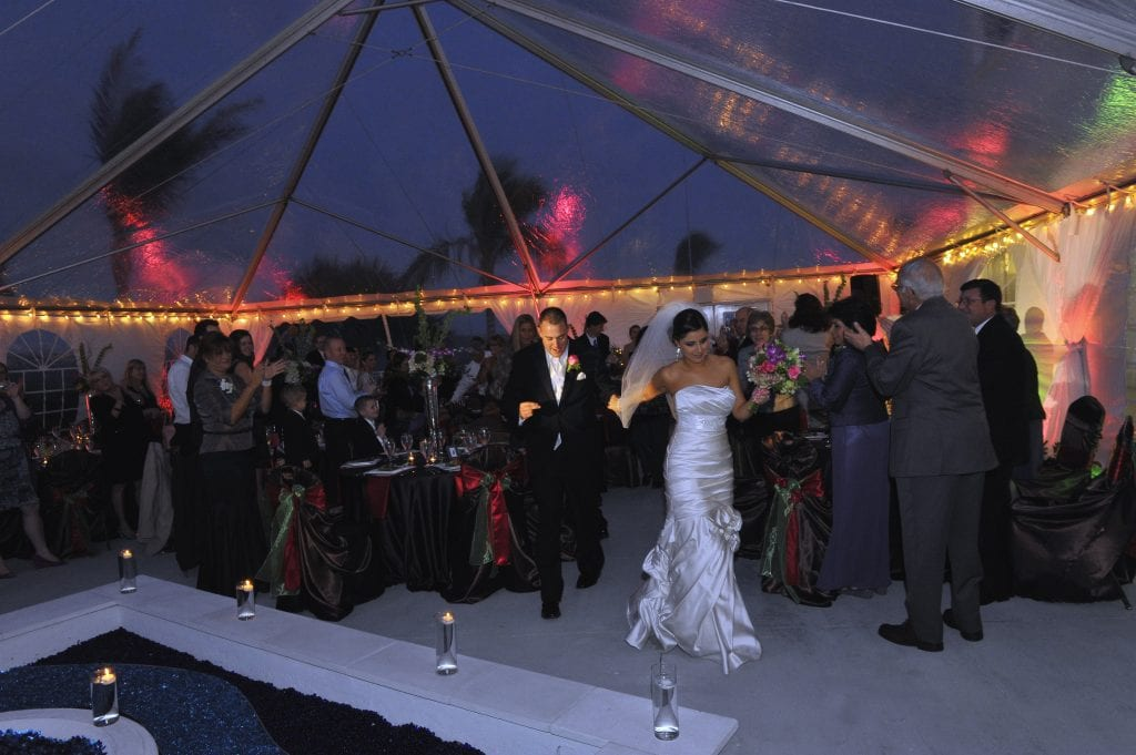 Clear top Tents - 772-286-1841 - Eventmakers | Eventmakers